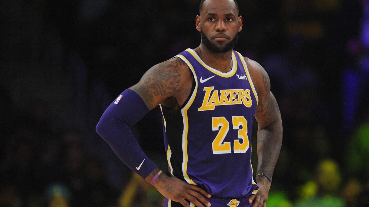 323dd582fdeea6 Los Lakers deberían traspasar a LeBron si pueden fichar a Durant ...