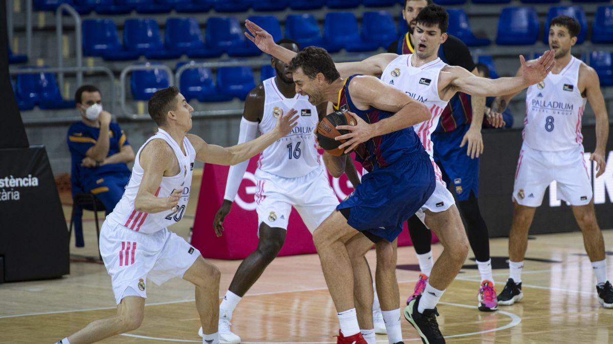 El Real Madrid gana el clásico en la vuelta de Pau Gasol a la ACB