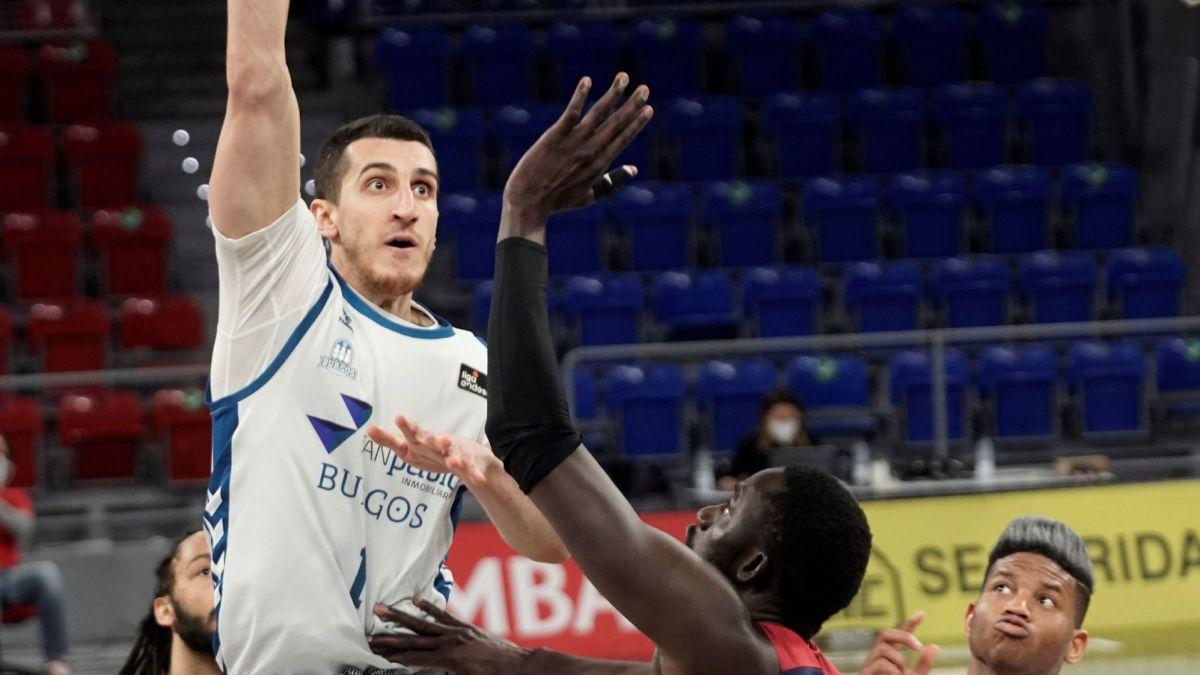 San Pablo Burgos conquista Vitoria y  asegura el playoff
