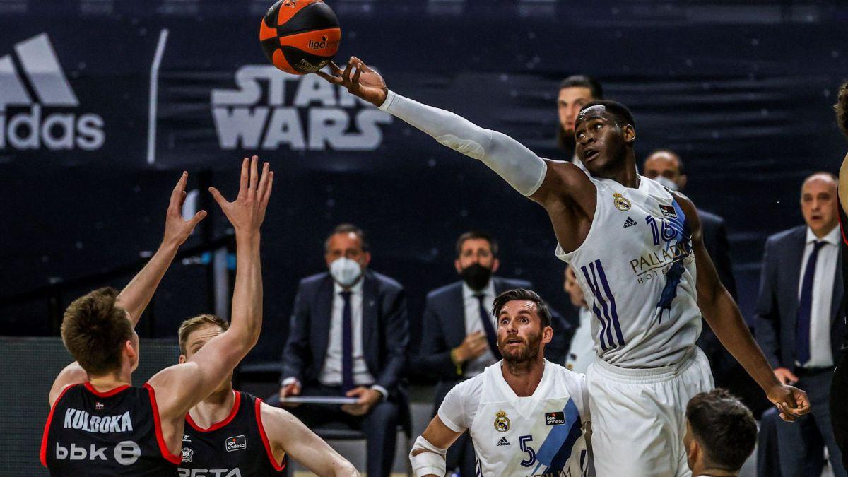 El Real Madrid certifica la primera posición en la liga regular