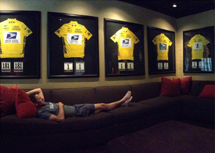 Armstrong presume en una foto en su twitter de sus 7 Tours - AS.com