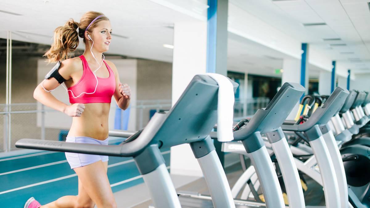 Cardio y pesas para bajar de peso