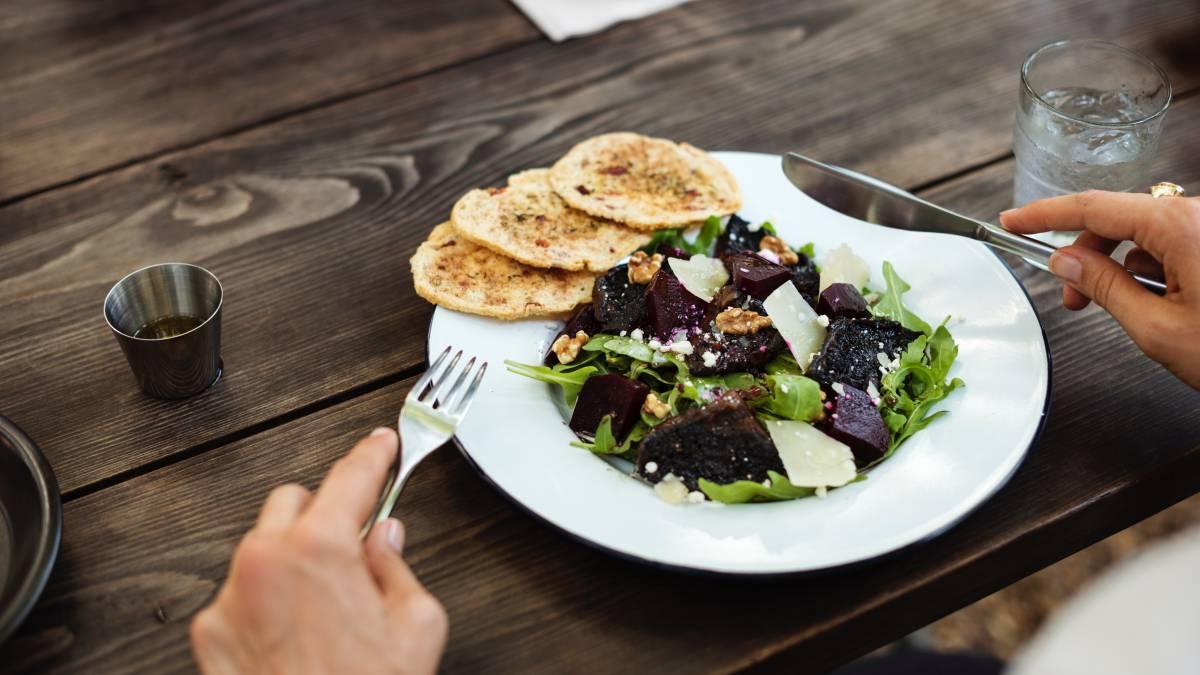 Consejos para comer sano fuera de casa