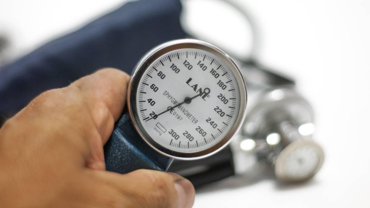 La presión diastólica mide qué