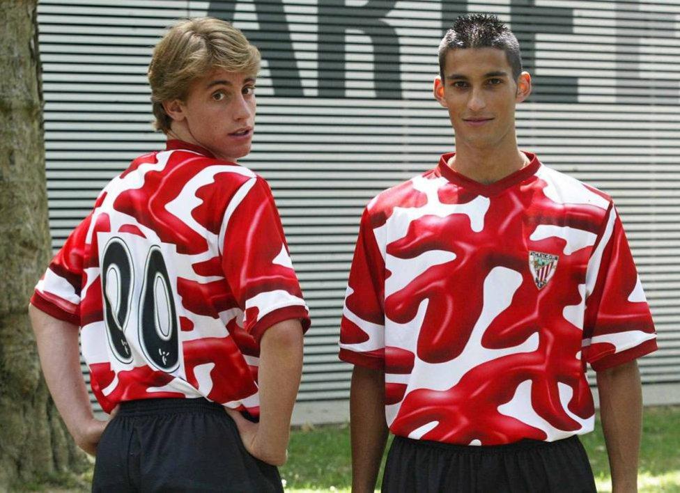 Las 15 camisetas más feas pero míticas de la historia del fútbol ... 35eb8dff0dba8