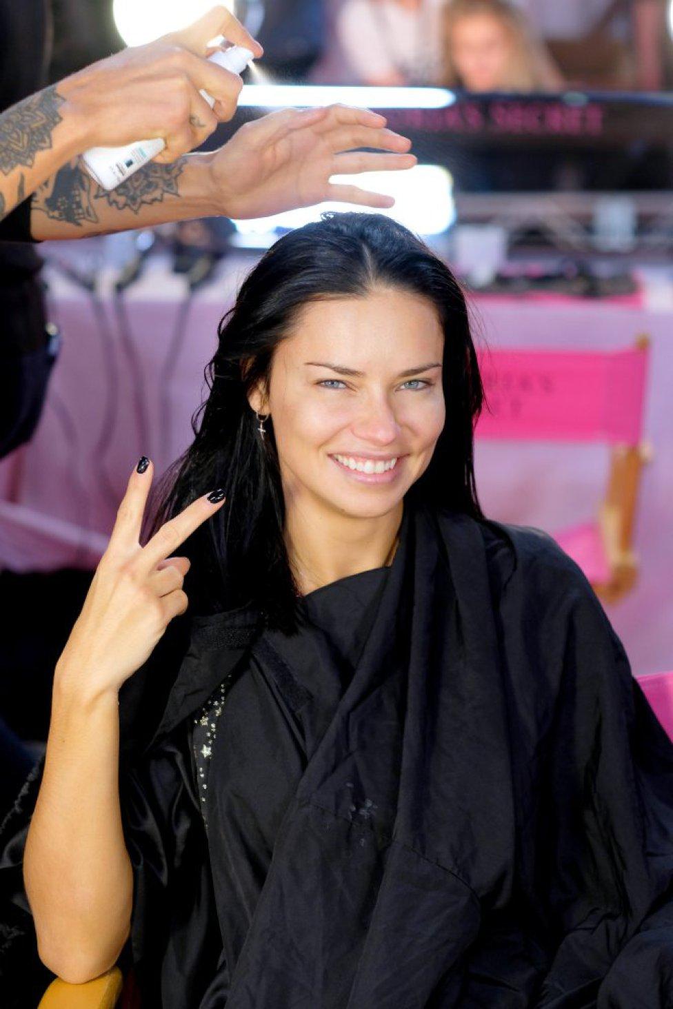 05a6776ee Así lucen las ángeles de Victoria s Secret sin maquillaje - AS.com