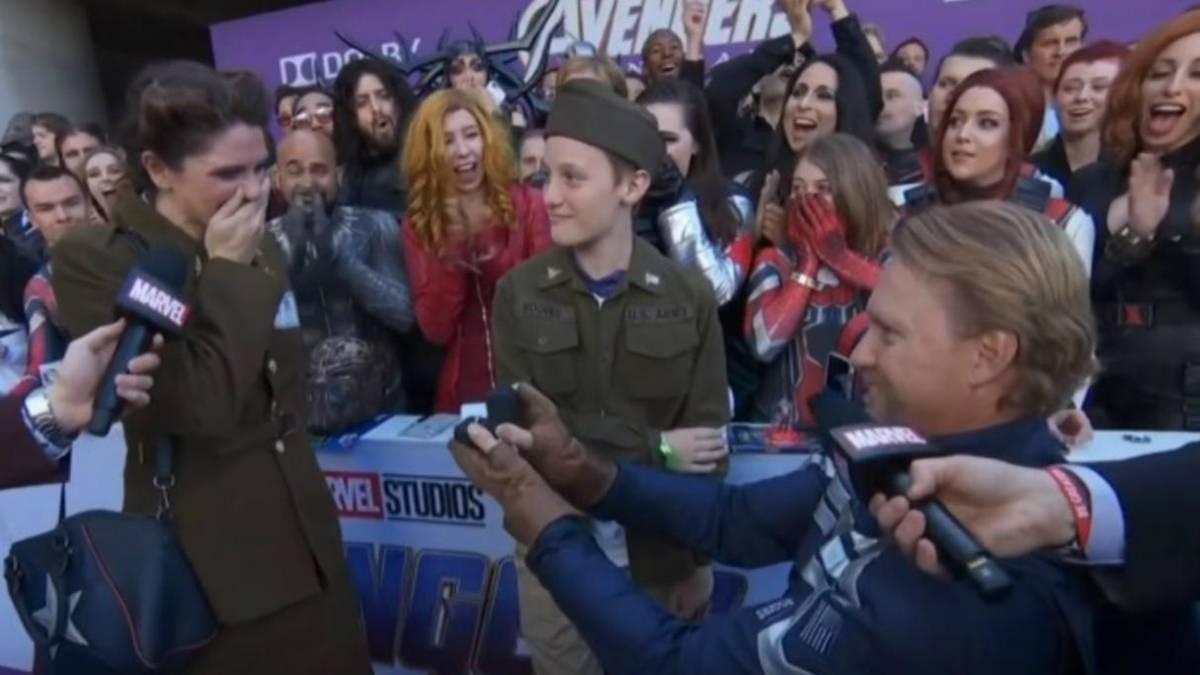 Matrimonio Tema Marvel : Matrimonio avengers fan de marvel le pide matrimonio a su pareja