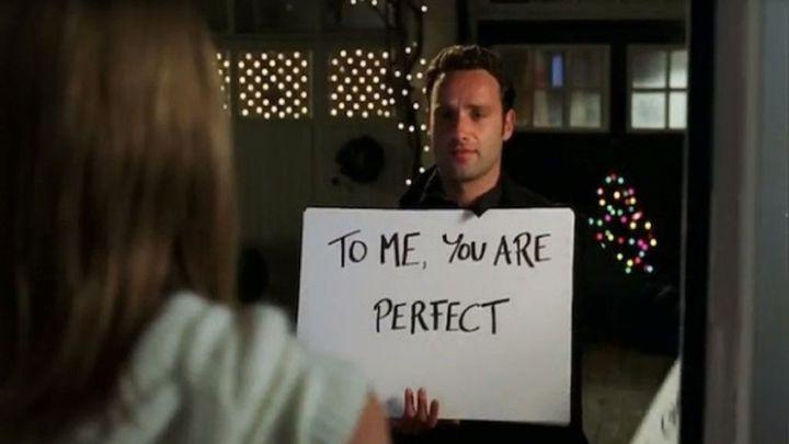 To me, you are perfect: La camiseta de H&M con esa escena de 'Love Actually' que todos recordamos - AS.com