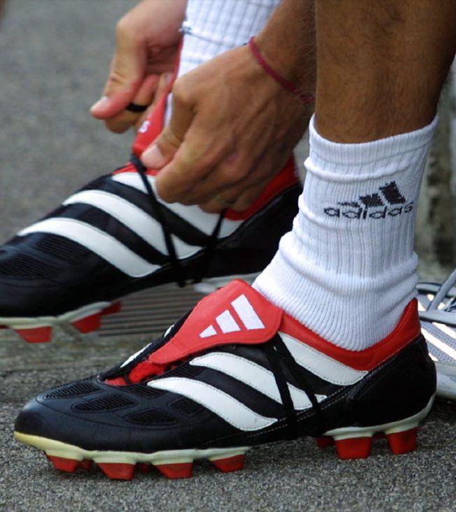 Del antiguo calzado pesado a las actuales botas inteligentes - AS.com f3c31a87612ed