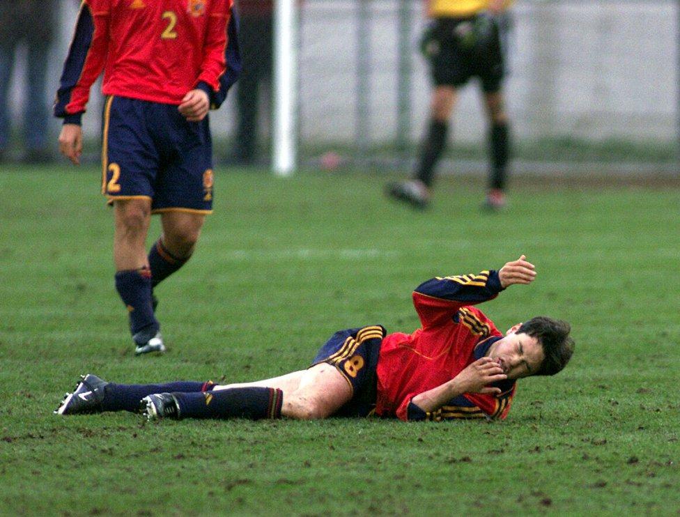 Barcelona  Andrés Iniesta 5853692f6f5
