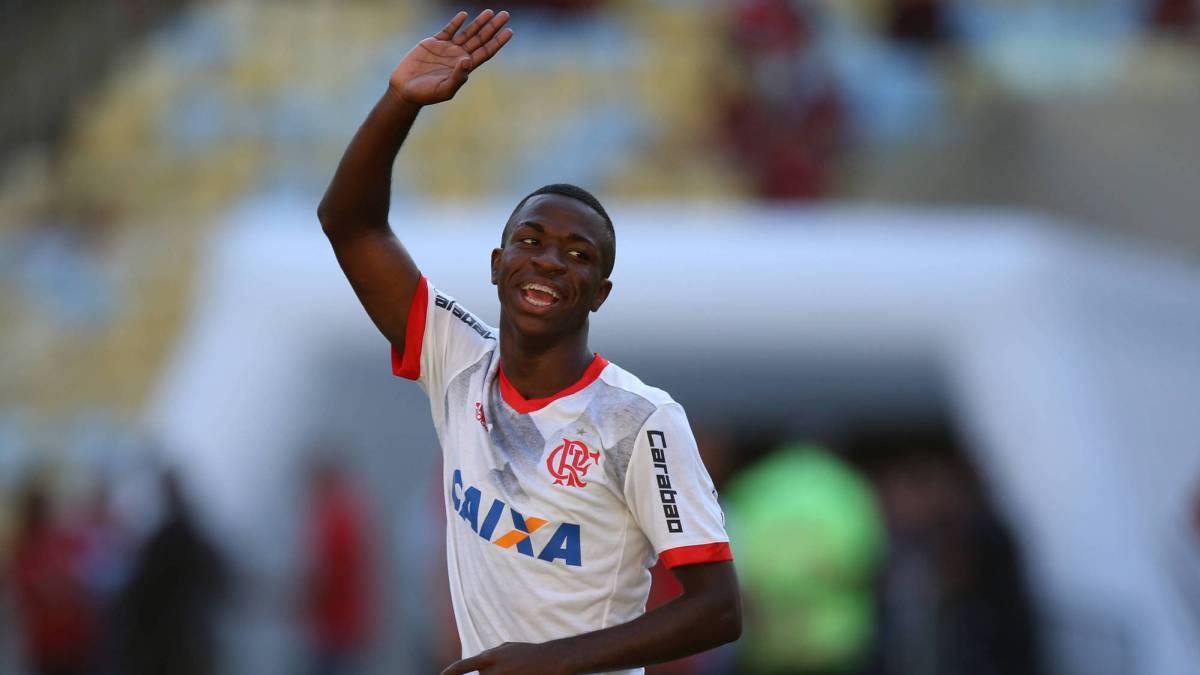 Oficial  Vinicius ya es nuevo jugador del Real Madrid - AS.com f6b077ea97277