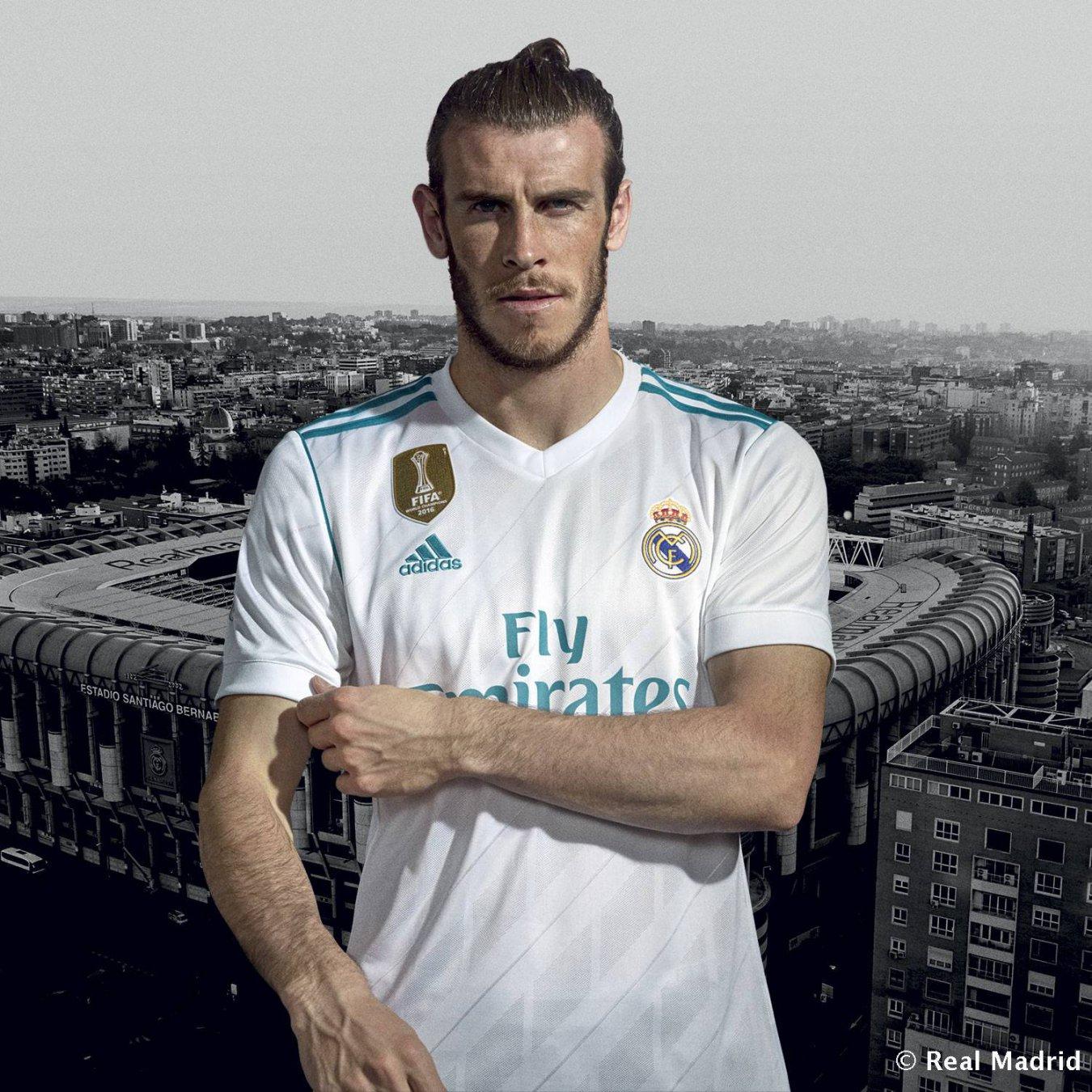 El Real Madrid presenta sus camisetas para la 2017-2018 - AS.com 69e2851bf5ec5