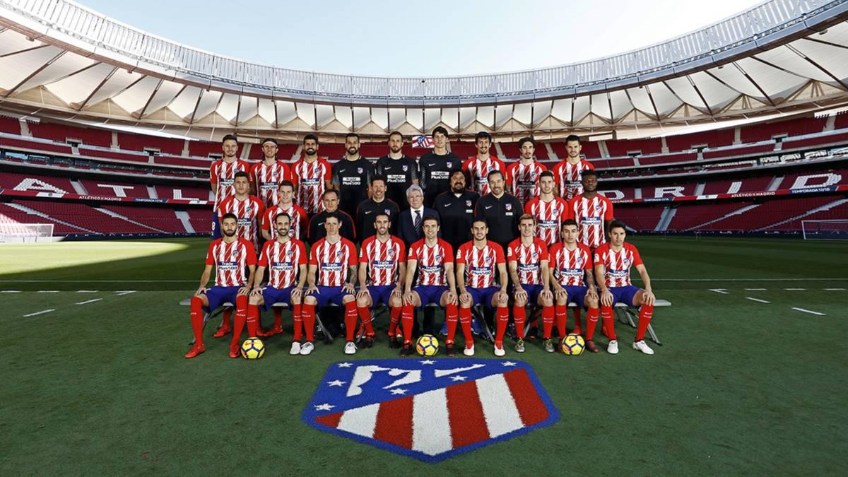 Atlético de Madrid  El Atlético ya tiene su foto oficial de la temporada  2017-18 - AS.com e825f1062e1a3