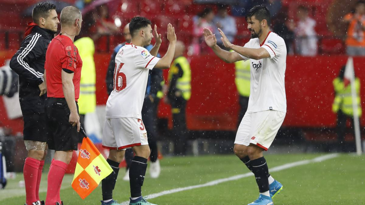 9ccbb5ca961 Nike vestirá al Sevilla hasta 2021 - AS.com