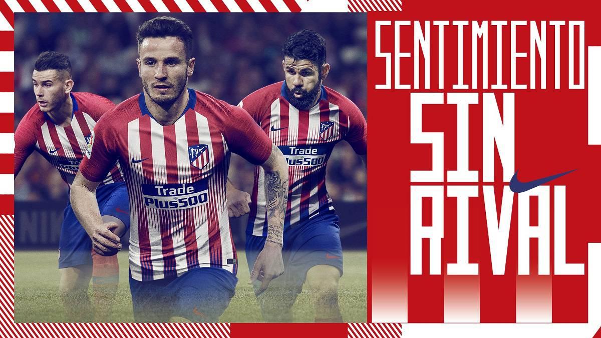 El Atlético presenta su nueva camiseta... sin Griezmann - AS.com 84b747fd209
