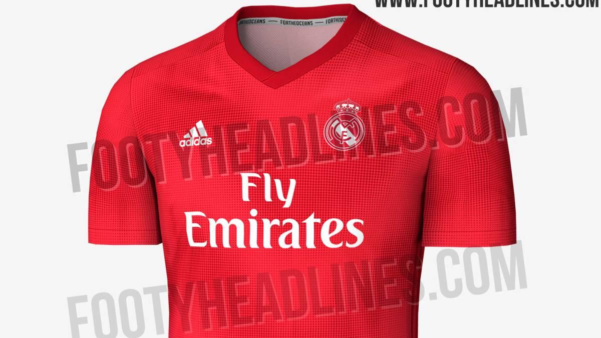 Se filtra la posible tercera camiseta del Madrid  será roja - AS.com 8e19fb4641976