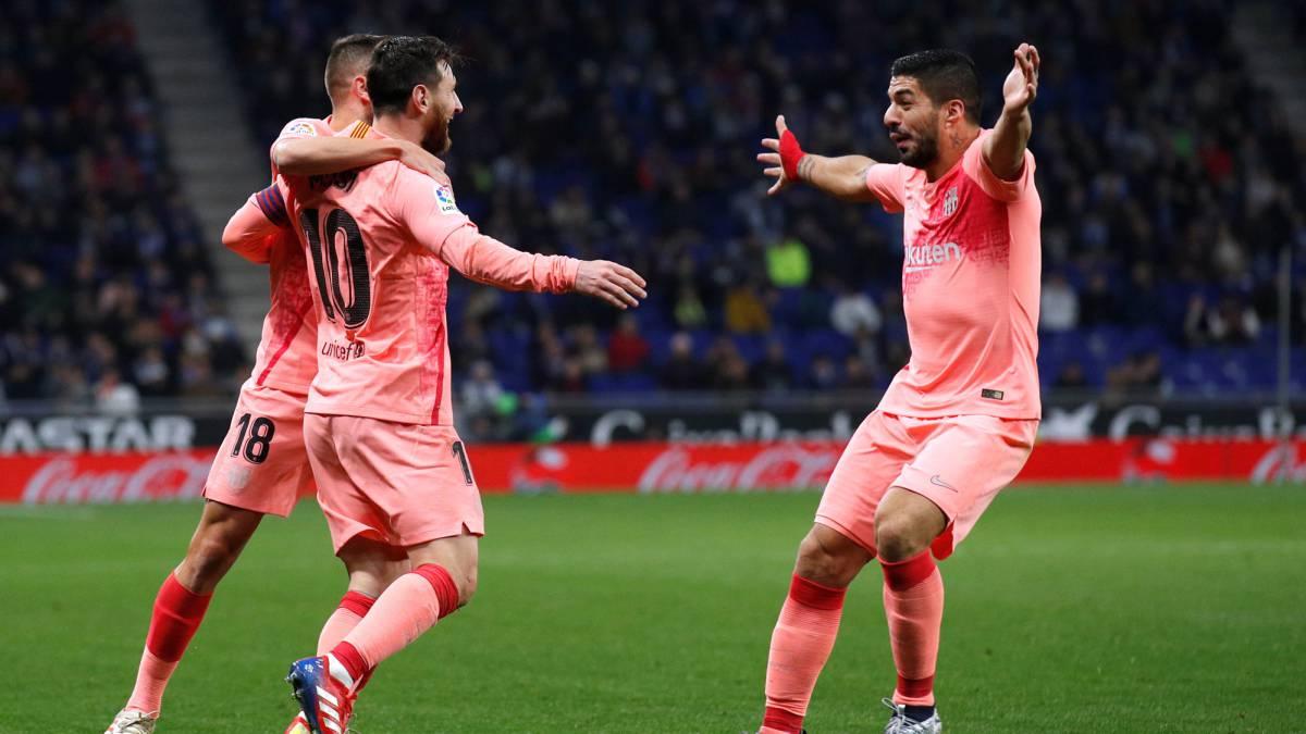 Barcelona Asoma tridente  Messi-Dembélé-Suárez 2964fb201b505