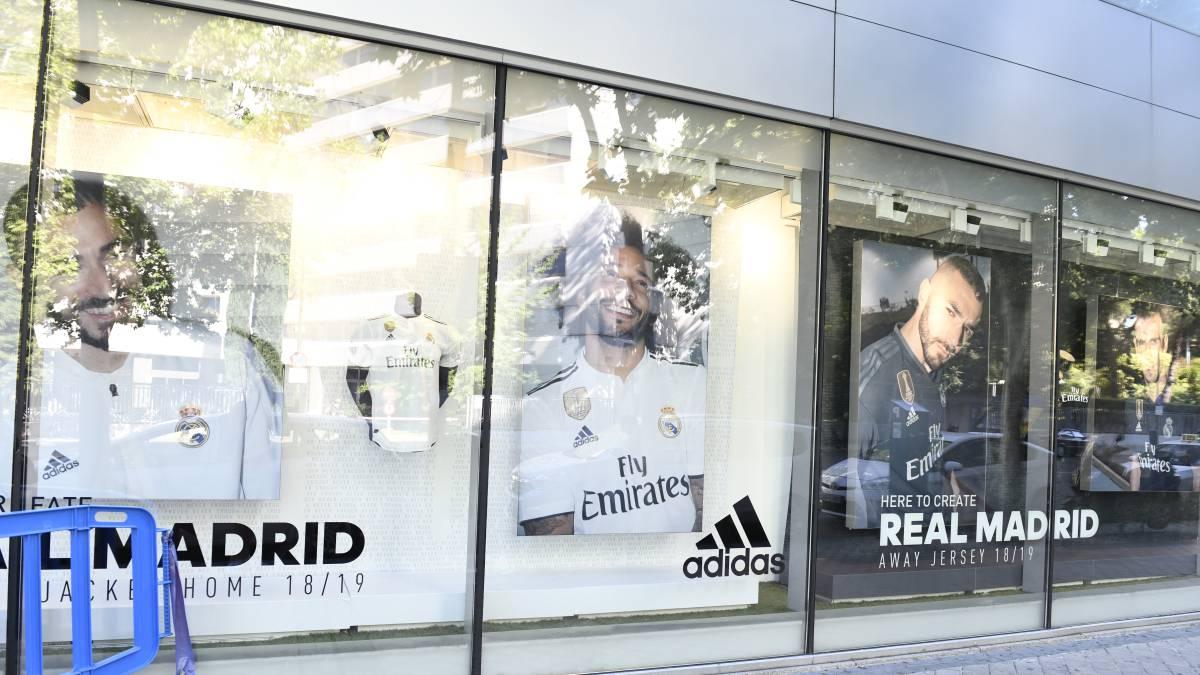 Real Madrid Adidas Hace Oficial La Renovación Con El Madrid Hasta 2028 As Com