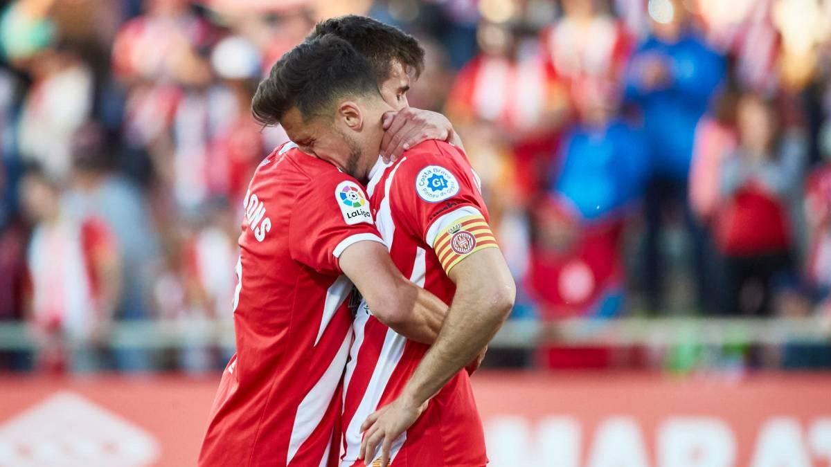 """GIRONA Girona llora por el descenso y los jugadores piden """"disculpas"""" -  AS.com"""