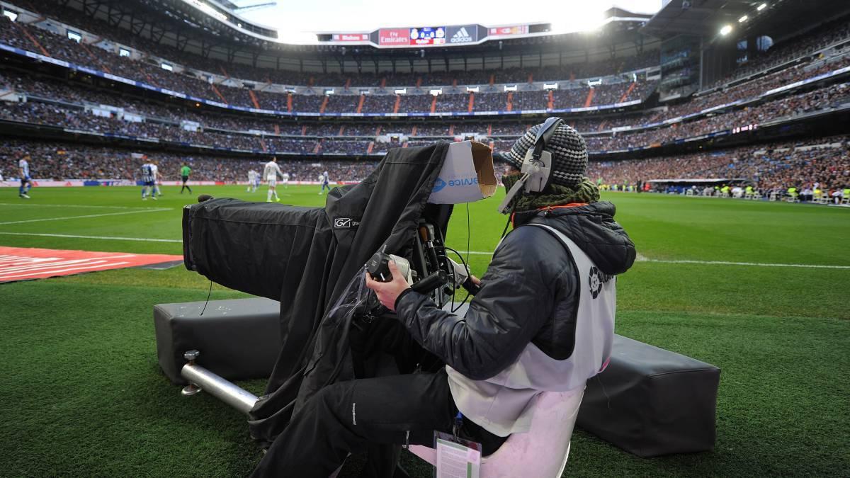 seleccione para el más nuevo auténtico auténtico mejor sitio Cómo ver el fútbol en TV y online? Precios, paquetes ...