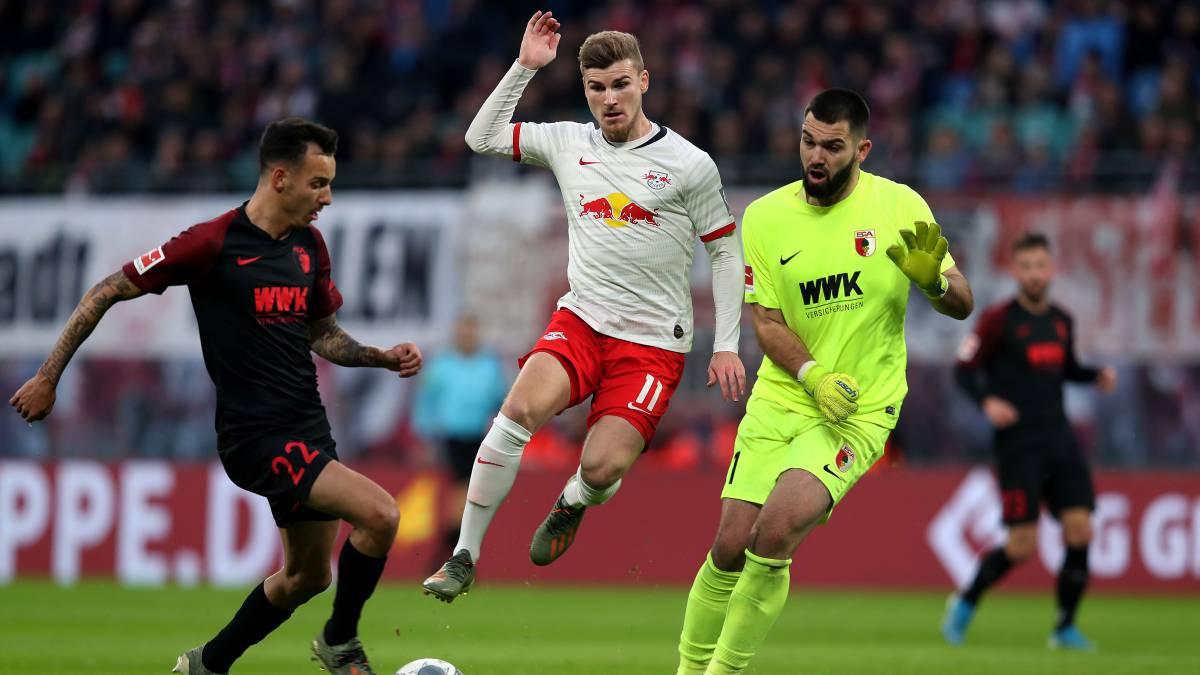 El Leipzig cierra el año como líder de la Bundesliga tras ganar al Augsburgo (3-1)