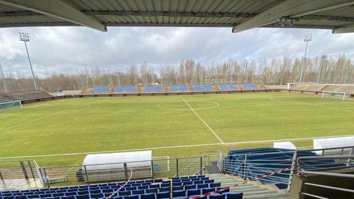 pegatina Coche Es mas que  Tercera División Grupo 8: resultados, partidos y clasificación de la  jornada 15 - AS.com