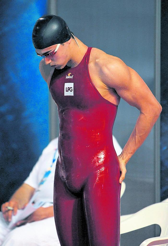 bc340b871275 Prohíben el bañador récord de Rafa Muñoz - AS.com