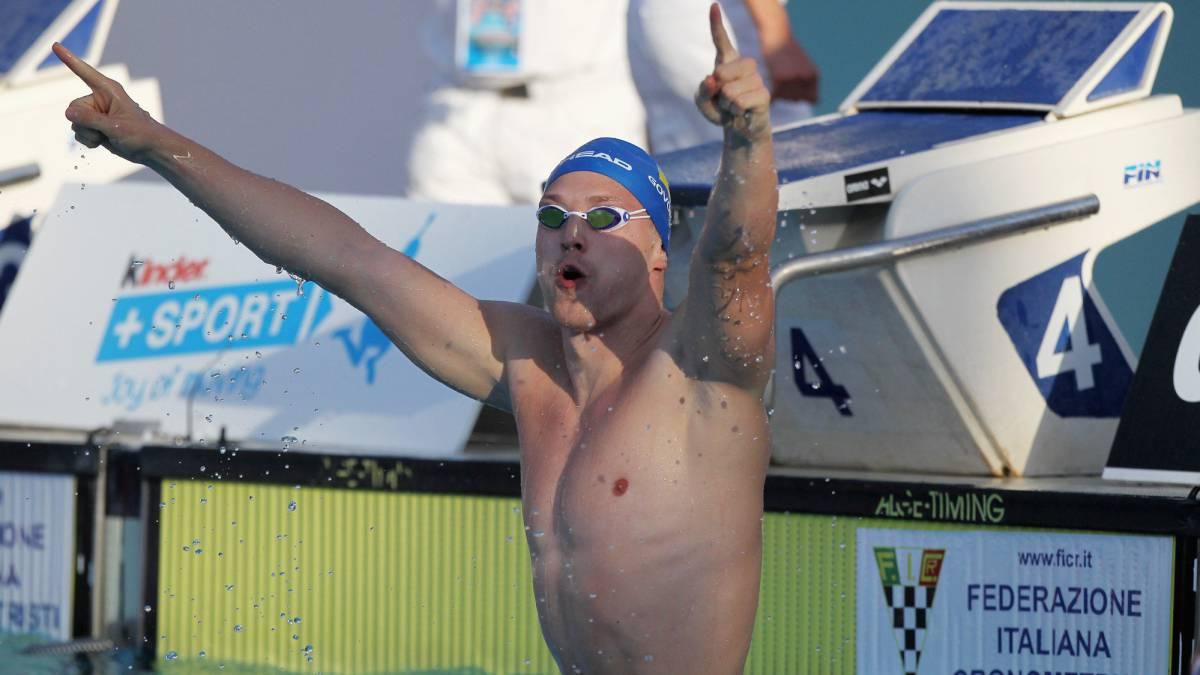 99b34ce5d84a Natación: Govorov bate el récord del mundo de Rafa Muñoz de 2009 ...