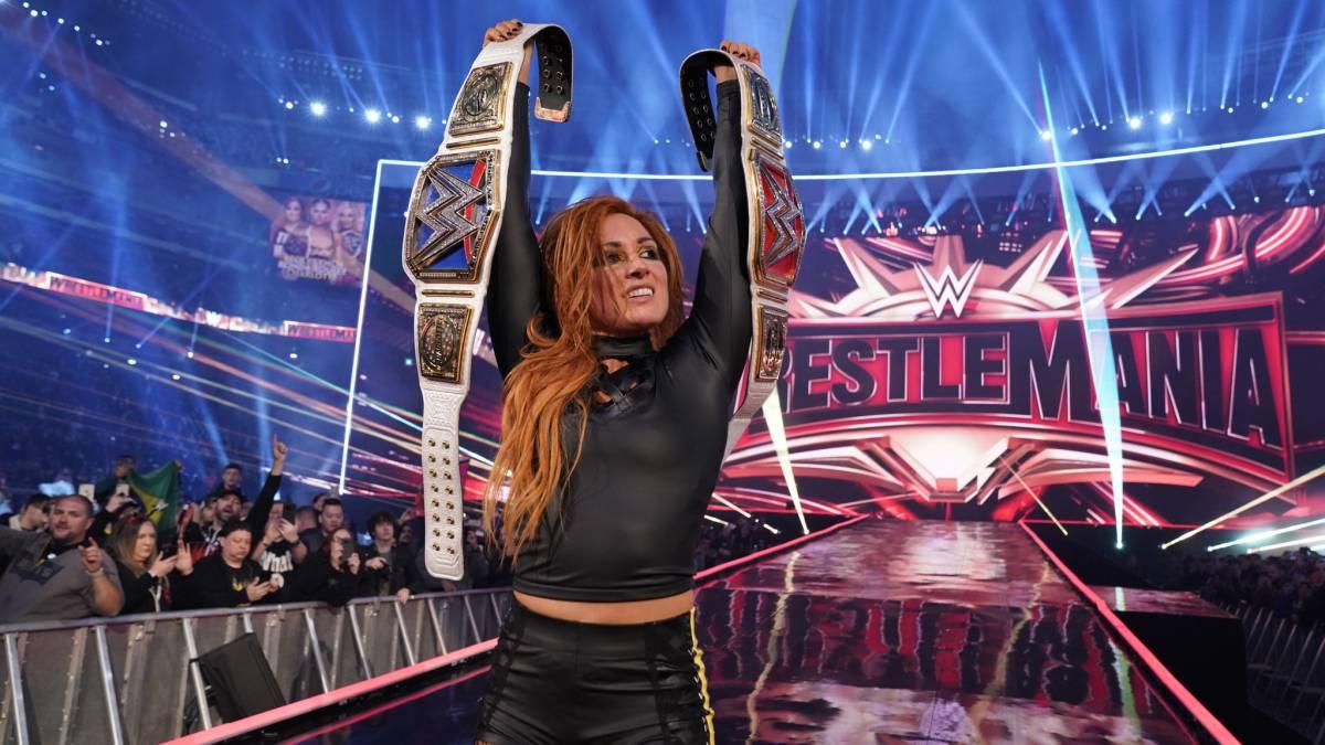WWE   Lynch acaba con Rousey y Flair para reinar en WrestleMania ...