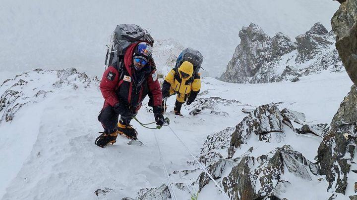 MONTAÑISMO | Cae el K2 en invierno, la última frontera del himalayismo -  AS.com