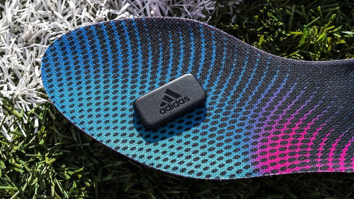 demanda pedazo elemento  Las nuevas plantillas 'smart' de Adidas te convertirán en Messi ...