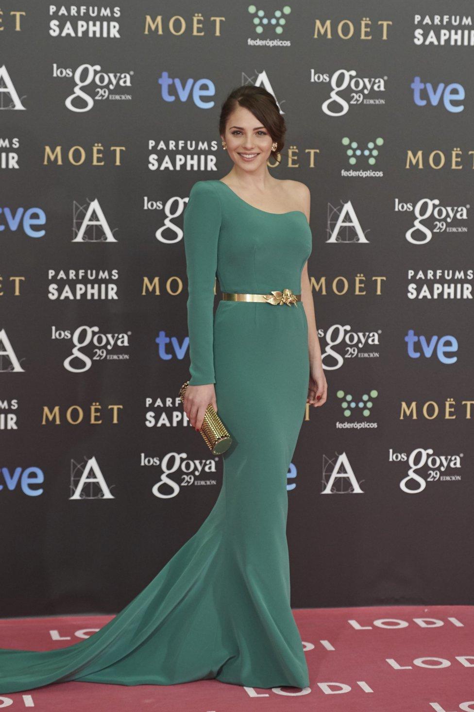a7b678458 PREMIOS GOYA  Las mejor vestidas de la historia de los Premios Goya - AS.com