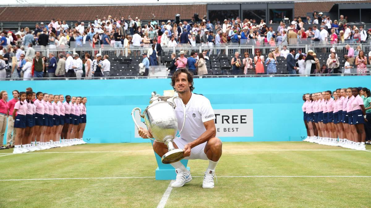 FEliciano López, con 37 años y que participaba con una invitación se lleva el torneo de Queen's. y vuelve al top 100 mundial.