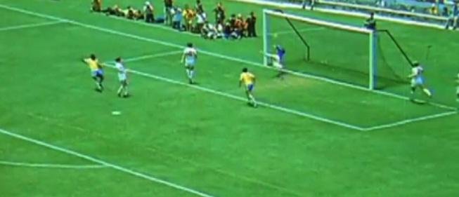 La espectacular estirada de Banks que amargó a Pelé
