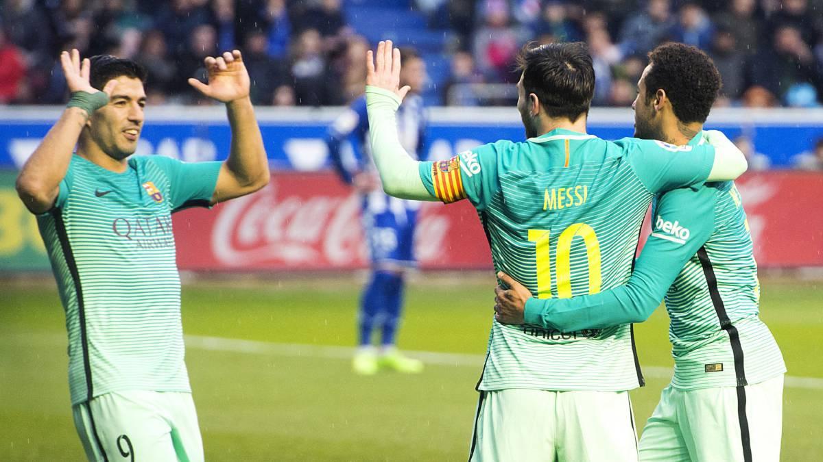 Set en blanco del Barça en Vitoria y victoria blanca en Pamplona que mantiene las diferencias.