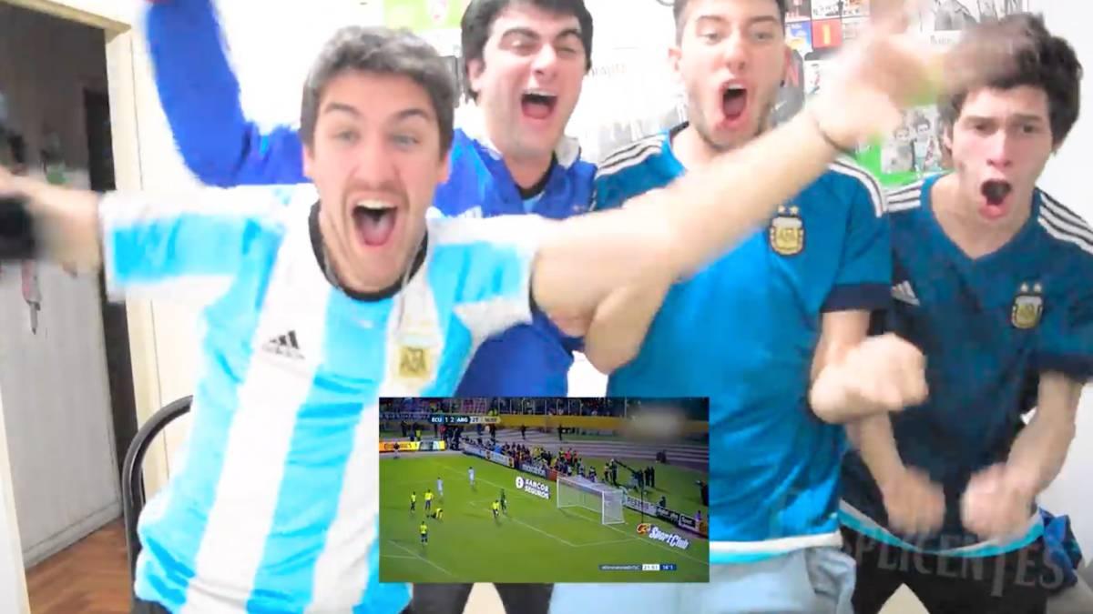 Resultado de imagen para Gente viendo el mundial por tv argentina