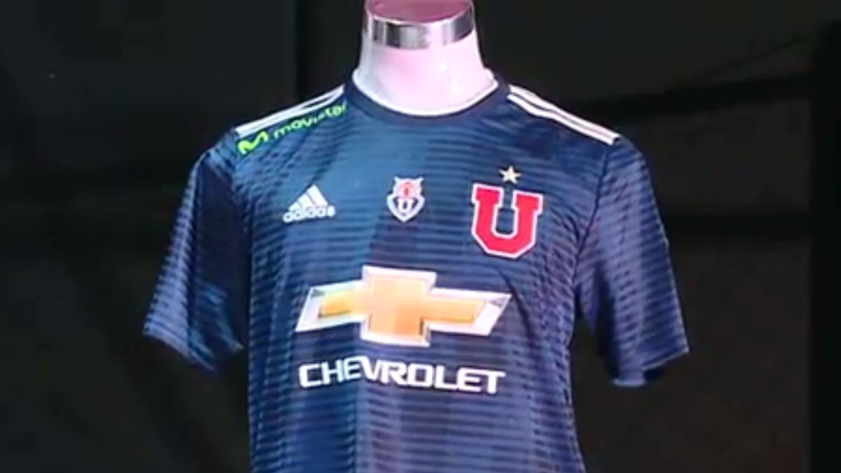 197d8fd7a9999 Así es la renovada camiseta de Universidad de Chile - AS.com