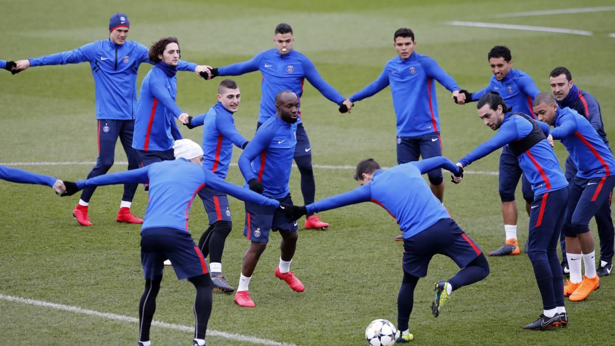Vídeo I Último entrenamiento del PSG con Mbappé en el grupo - AS.com c1c22a84e1cf5