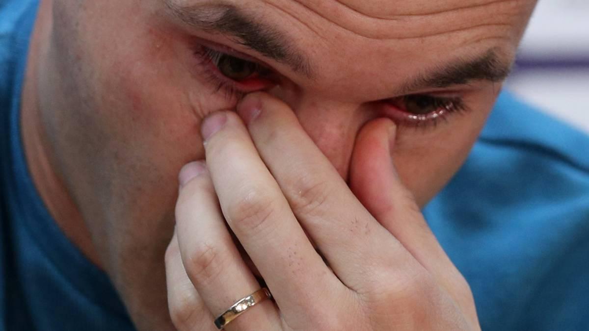 43cdcb021 Vídeo I Así fue el momento más emotivo de la despedida de Iniesta - AS.com