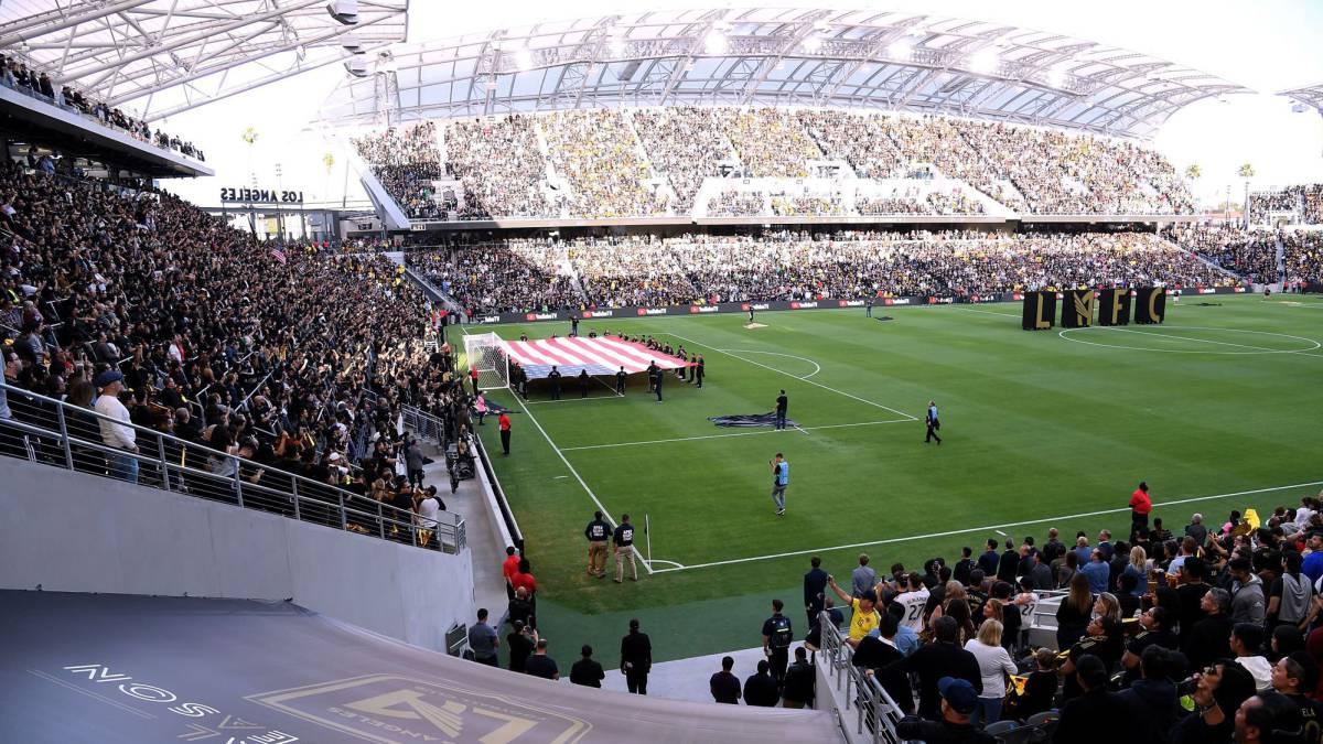 El primer tifo y mosaico del nuevo estadio de Los Angeles FC - AS.com 675aaf00cdb3e